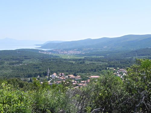 Eastern view - Vrbanj and Jelsa