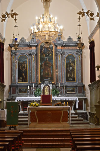 The altar in Sv Lovran