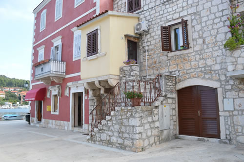 A lovely square in Stari Grad