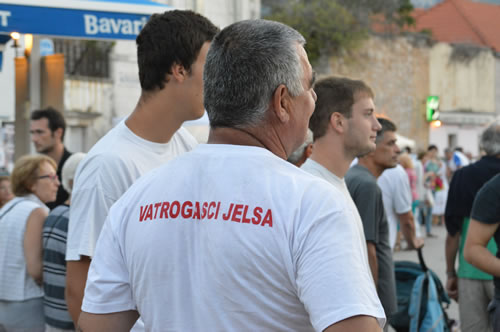 Jelsa Firefighters wait for their bout