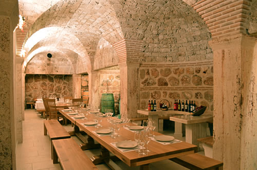 Tomić's stylish tasting room