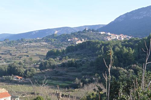 Hilltop town of Vrisnik