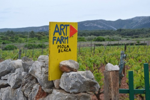 Art farm - what a great idea!
