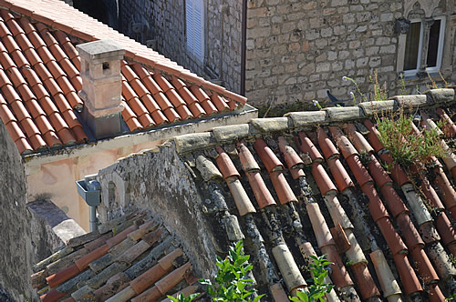 Old tiles, new tiles, Dubrovnik