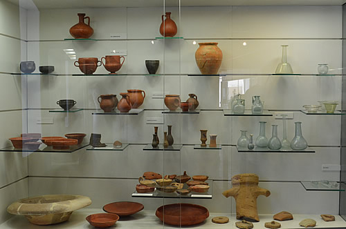 Pots and glassware