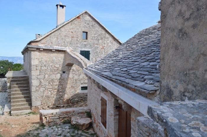 Humac houses