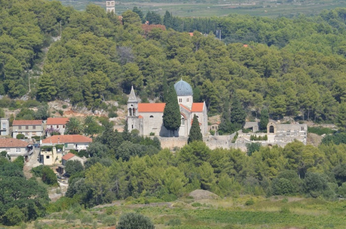 Svirče church