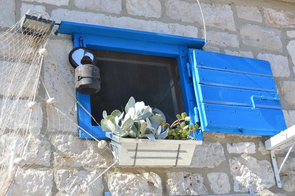 Artsy window