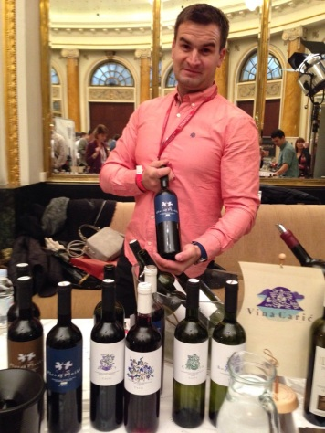 Winemaker Ljubo Makjanić showing Carić wines