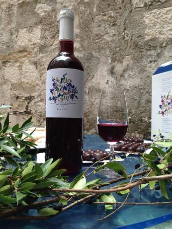Mlodo wine