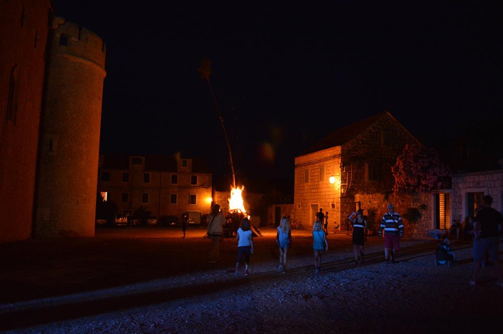 The bonfire is lit!