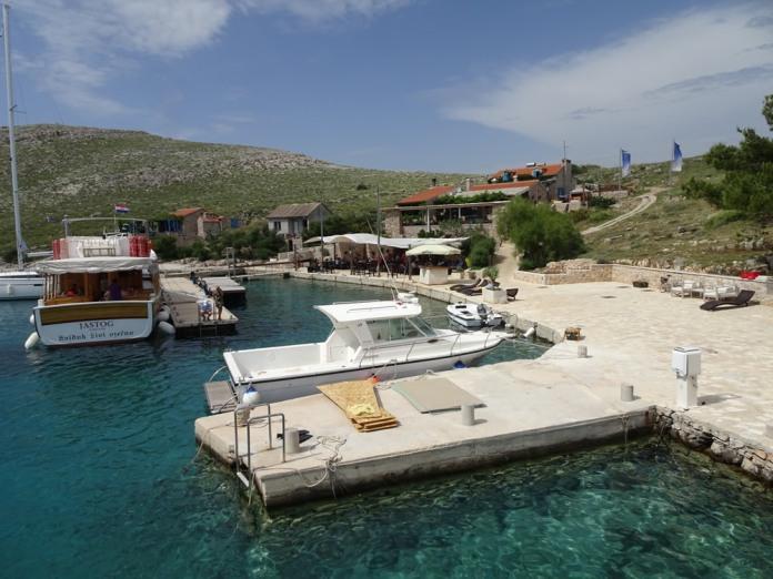 Opat harbour