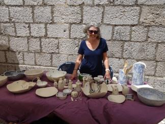 Ceramic artist from Omis