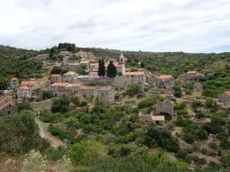 The village of Velo Grablje
