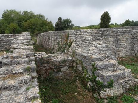 Walls of the Kapitol