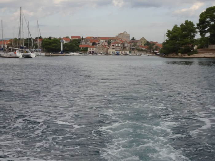 Setting out from Vrboska