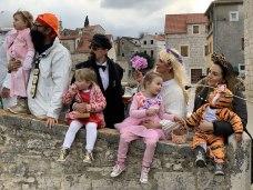 Dressed for karnevol