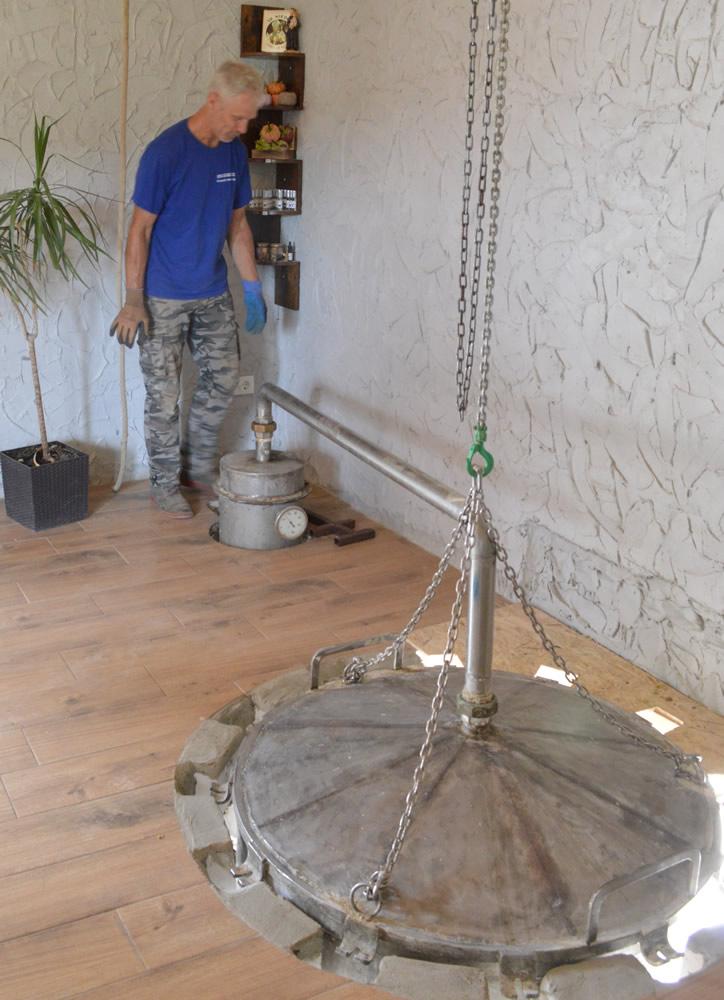 Smilje distillation 1